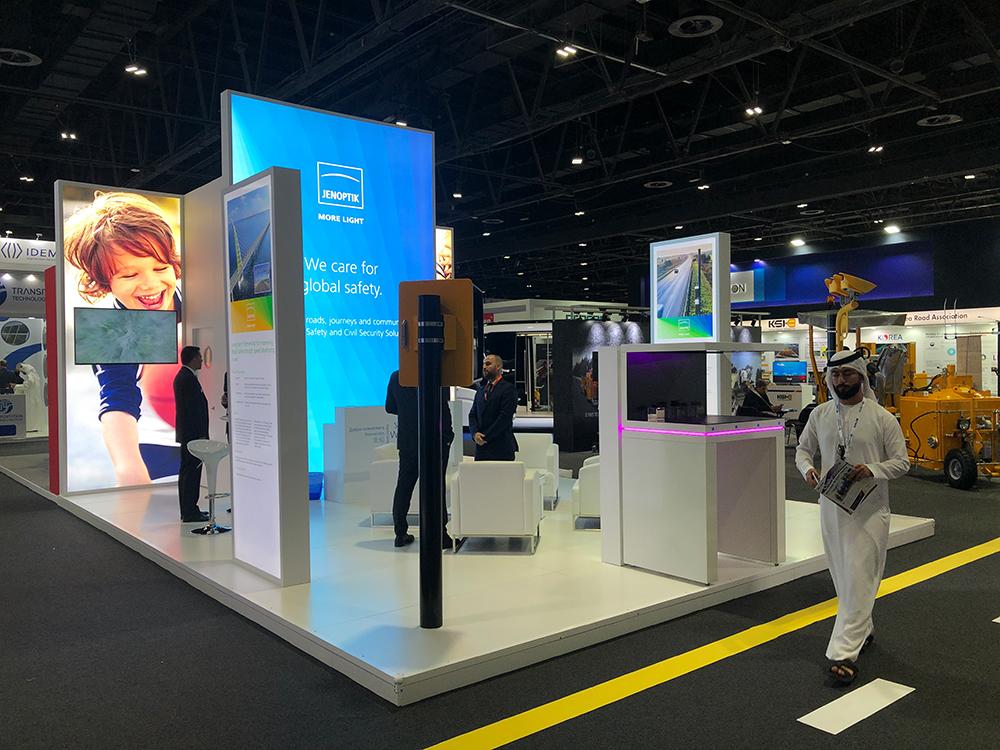 Messestand JENOPTIK auf der Messe Gulf Traffic in Dubai im World Trade Center