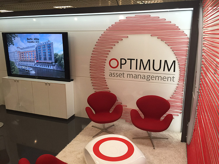 Messestand OPTIMUM asset managment Mipim