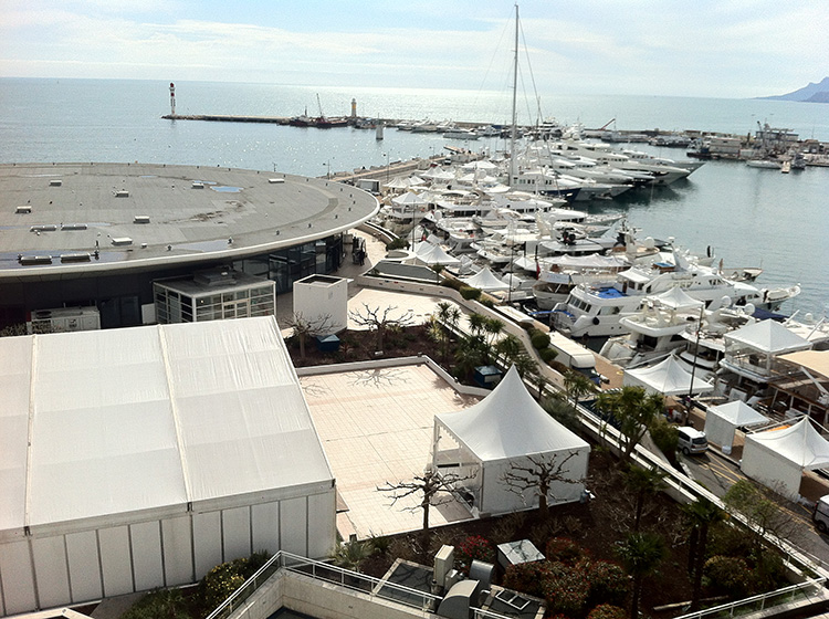 exhibition stand with terrace in cannes