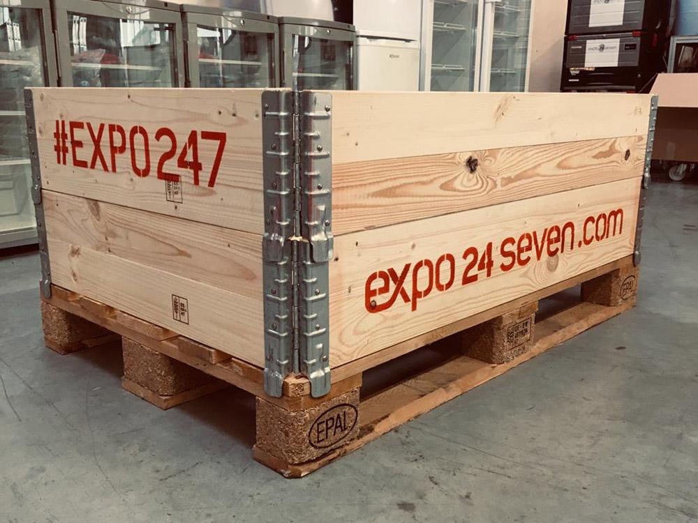 Stapelrahmen im Messebau anstelle Stretchfolie lesswaste project vom Messebauer expo24seven